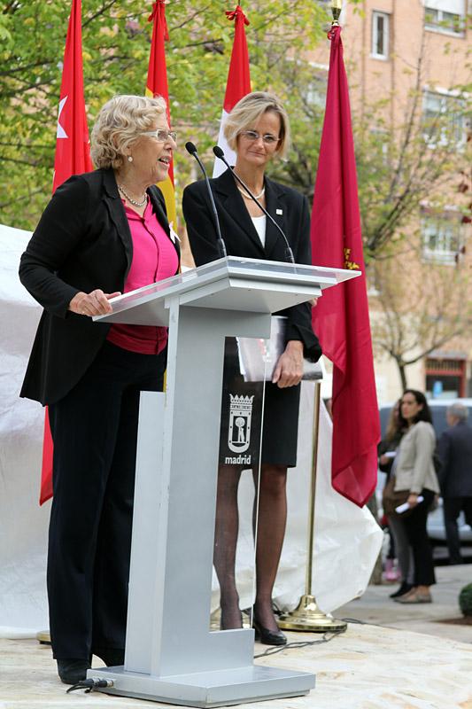 Carmena inaugura un monumento dedicado a la revolución húngara de 1956