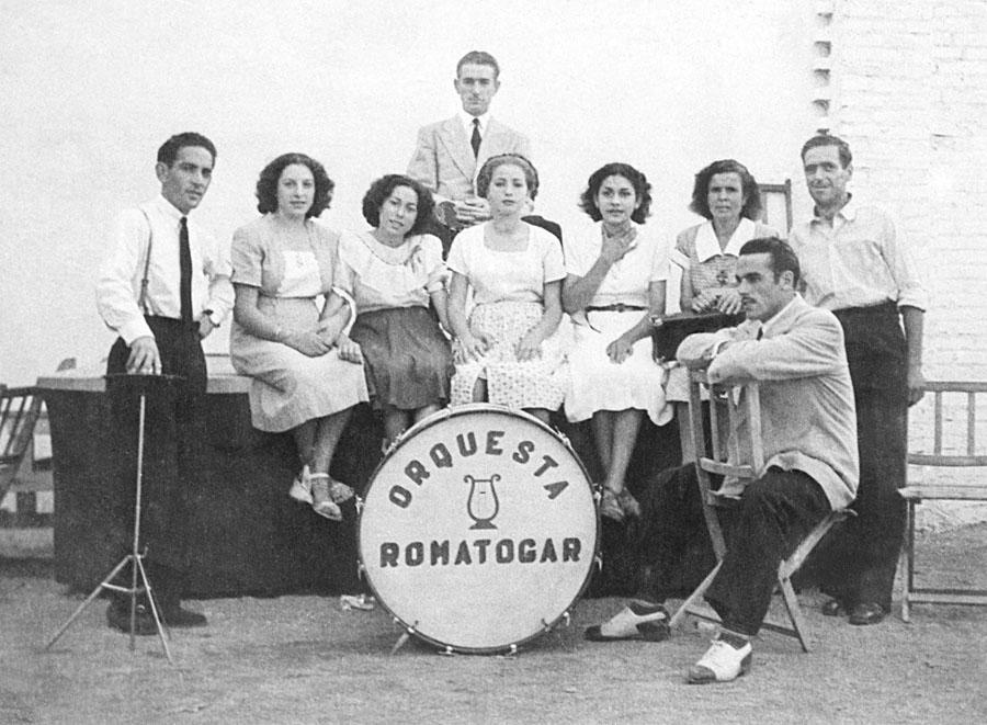 Mariano del Amo en la década de los años 50 con la orquesta Romatogar de Canillejas.