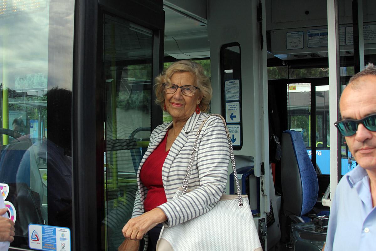 Manuela Carmena - autobús directo al Ramón y Cajal