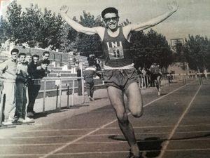Jesús del Pueyo en su época de corredor, toda una vida dedicado al atletismo en el Club Suanzes.