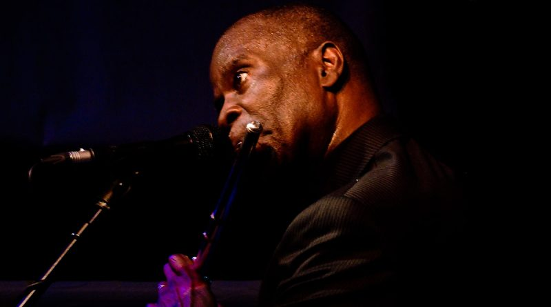 Maceo Parker performing at the Jazz Cafe (London): 22/05/2009 By Nashmaximus (Own work) [CC BY 3.0 (http://creativecommons.org/licenses/by/3.0)], via Wikimedia Commons