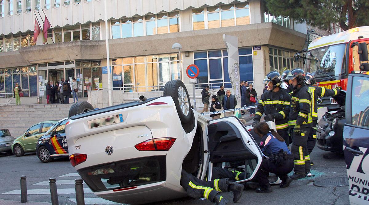 El cruce de la calle Alcalá con Torre Arias y Gutiérrez Canales presenta un alto índice de siniestralidad.