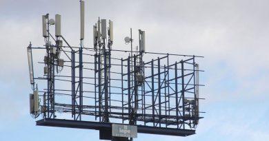 En los últimos tres años han proliferado las antenas ilegales de telefonía móvil en el distrito de San Blas-Canillejas.