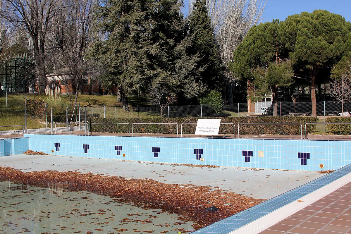 Se derrumba el tejado de la piscina cubierta del for Piscina polideportivo