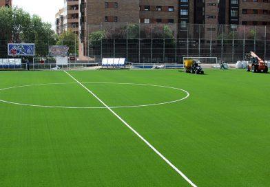 El césped artificial será cambiado en dos campos de fútbol