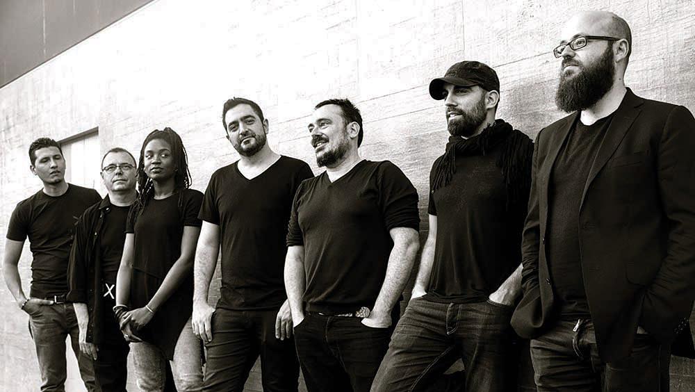 PATAX presenta su proyecto de fusión en el Teatro Apolo