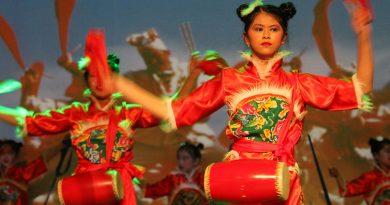 La comunidad china celebró el Festival de Primavera en el CC Machado