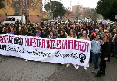 Las mujeres pararon el distrito el 8 de marzo