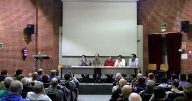La Asamblea Vecinal abierta de San Blas-Canillejas se celebró en la escuela sindical Muñoz Zapico de Las Musas