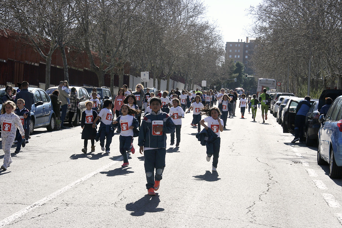 Éxito de la III Carrera Solidaria 'Save the Children' en el CEIP María Moliner