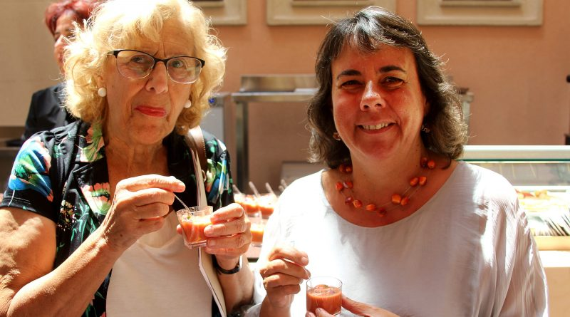 Manuela Carmena y Marta Gómez en la Quinta de Los Molinos