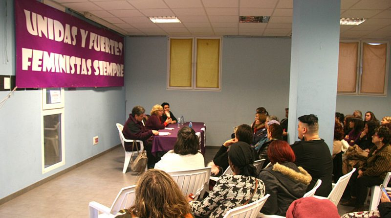 Carmen San José aborda la Violencia estructural ante una concurrida audiencia