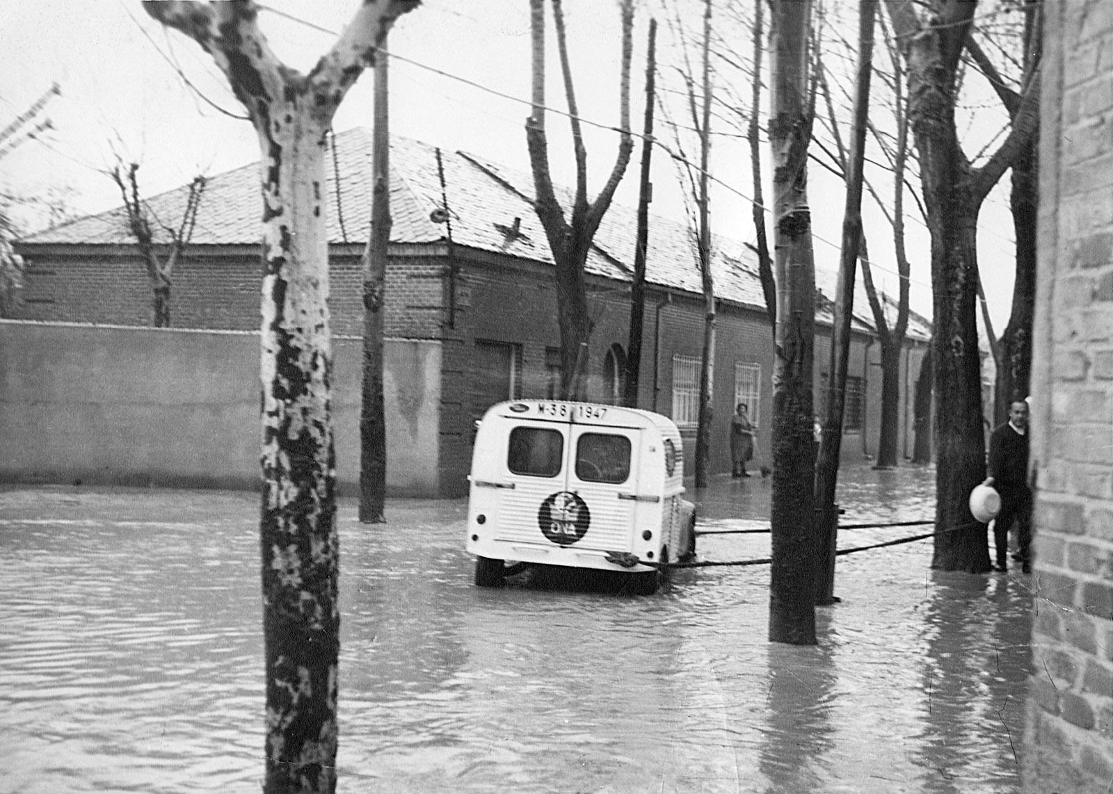 La calle Boltaña era un arroyo sin canalizar y las riadas eran habituales, hasta los años 70 no fue urbanizada.