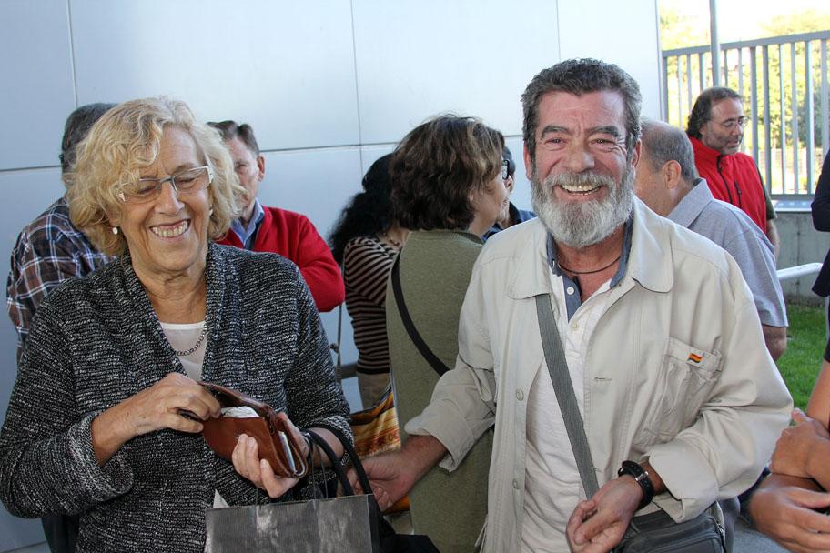 Andrés Cabrera y Manuela Carmena, recordando viejos tiempos.