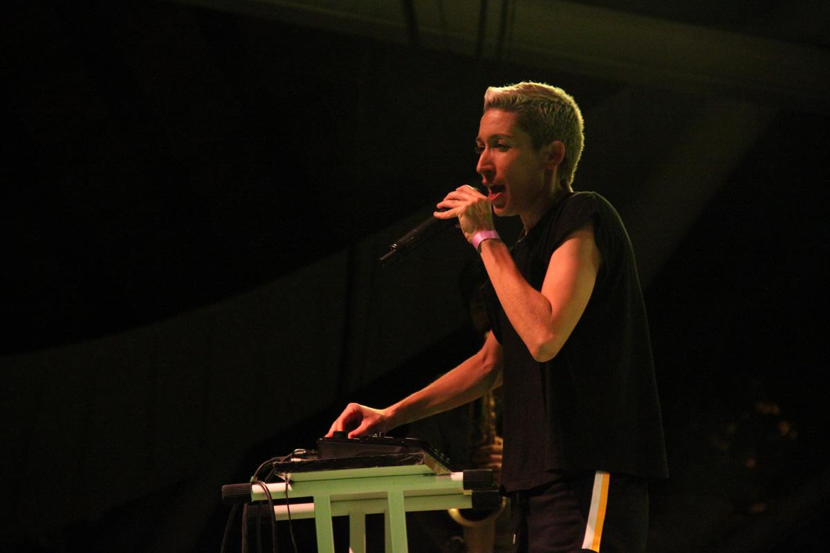 Las voces femeninas marcan los conciertos del último día de las fiestas