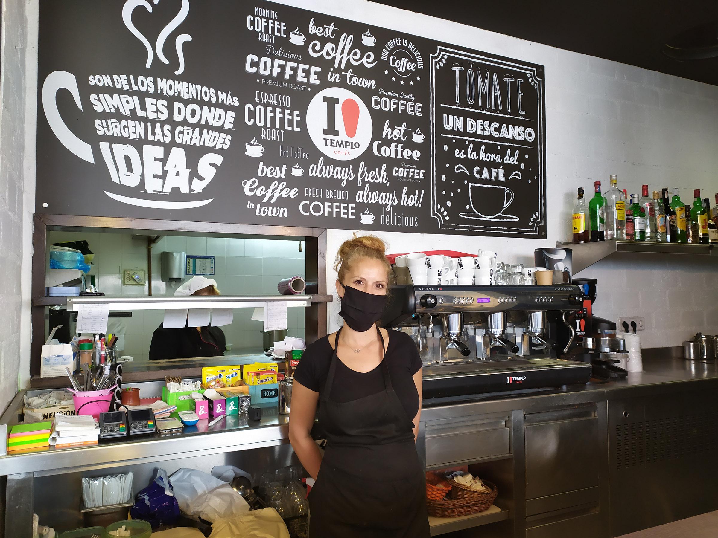 Sandra fue la pieza clave para poner en contacto al restaurante con las pltaformas vecinales