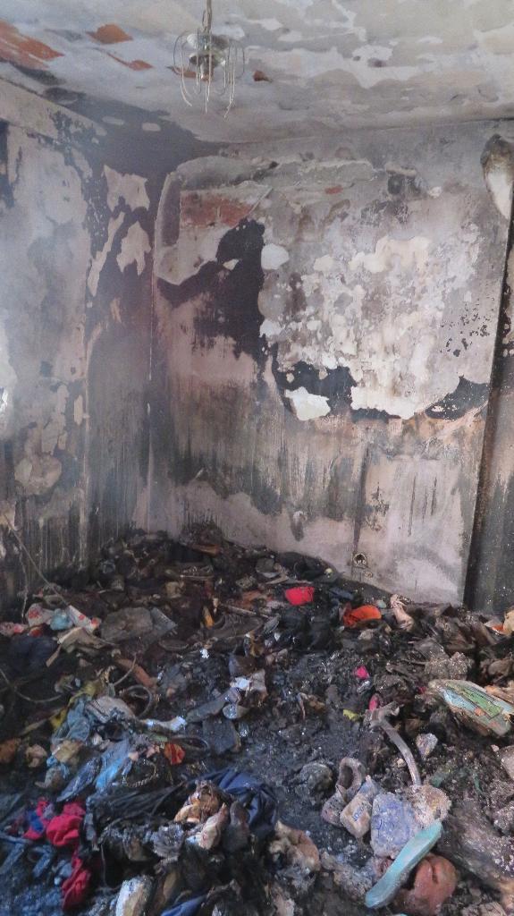 El incendio dejó la vivienda inhabitable