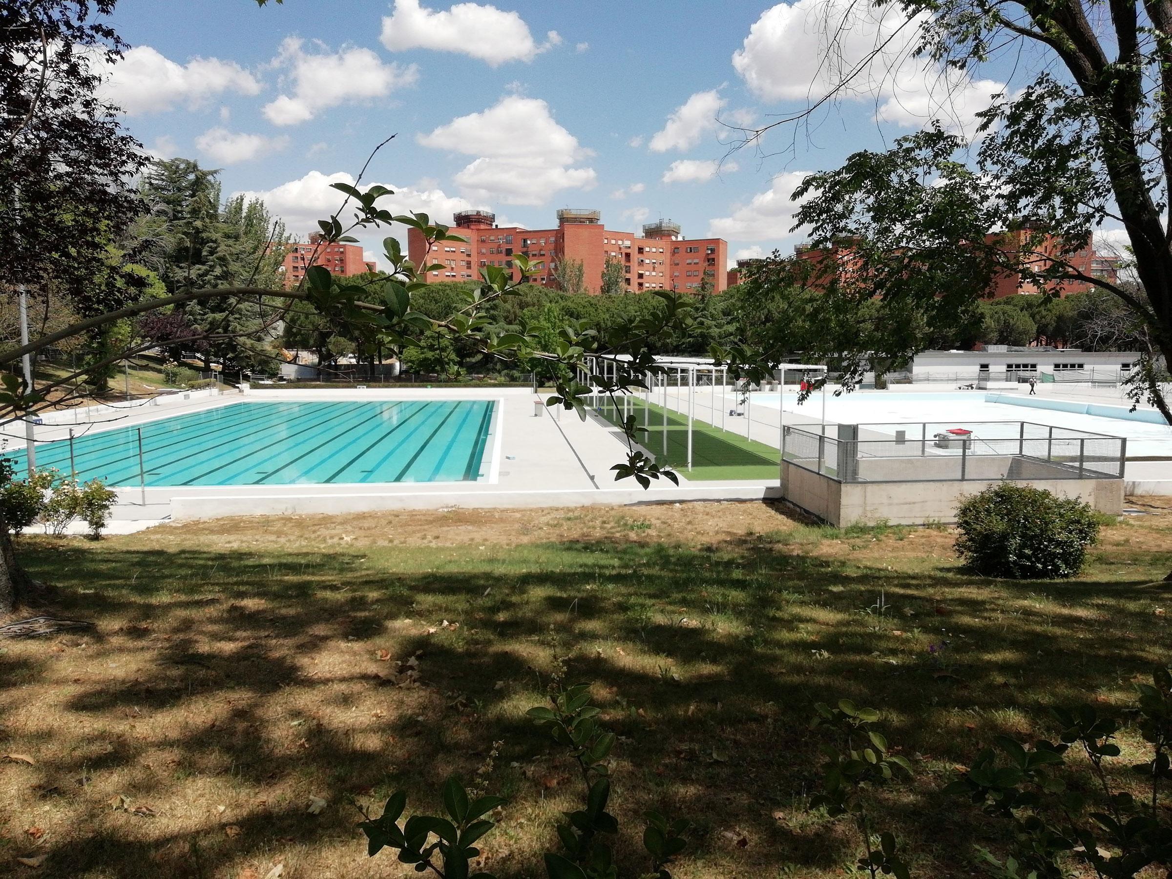 Este verano se podrá ir a la piscina en turno de mañana o de tarde