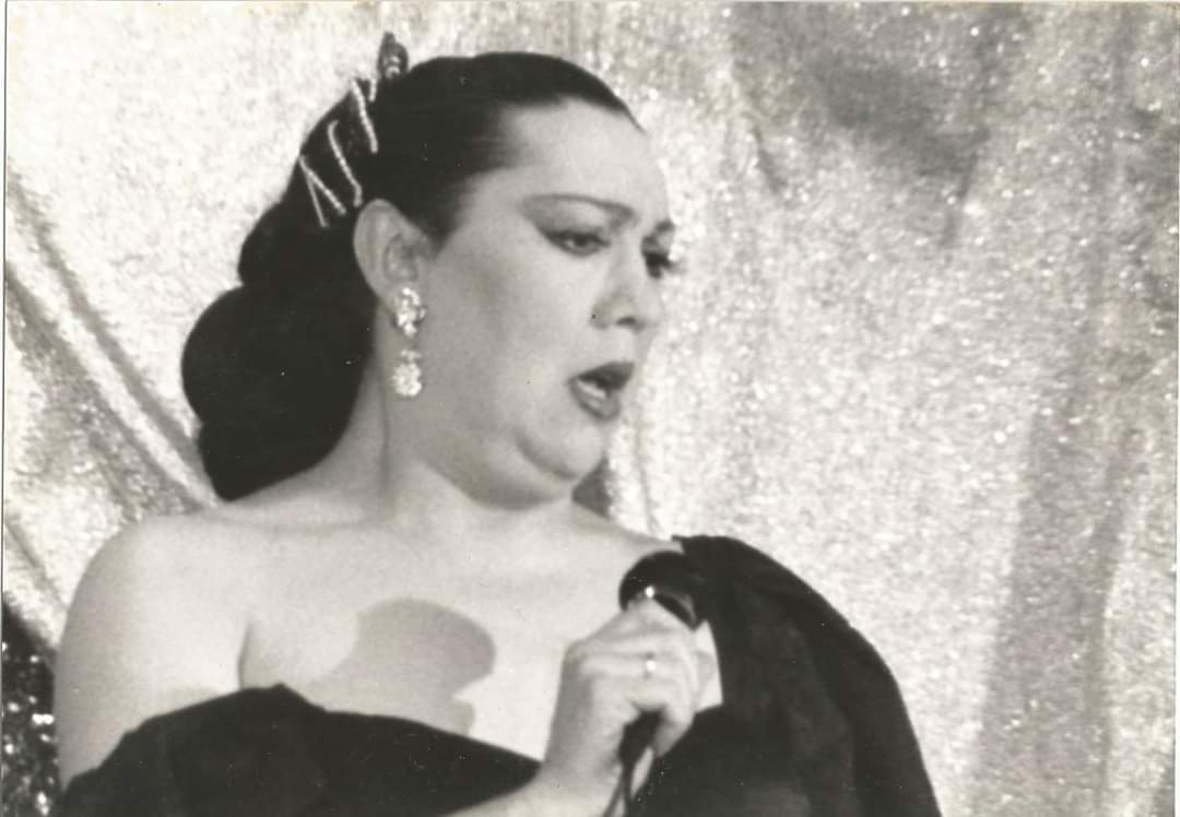 Los orígenes del transformismo están en el teatro kabuki japonés, en el que los hombres interpretaban los papeles de mujeres