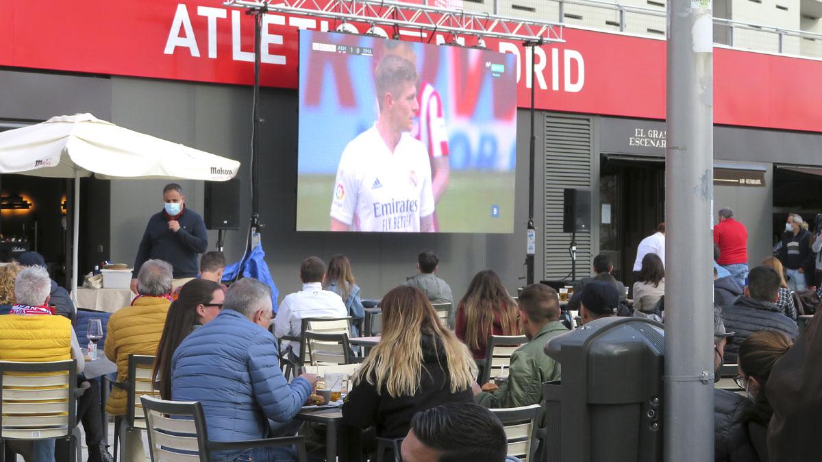 Futbol en pandemia otra forma de ver el derbi en el distrito