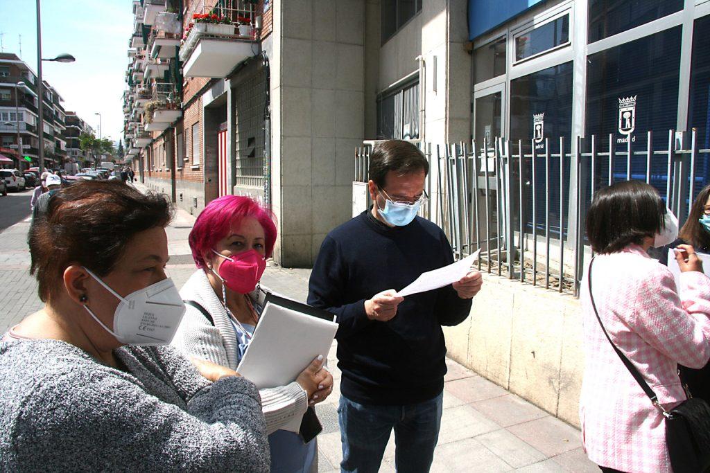 Martín Casariego visita calle Boltaña