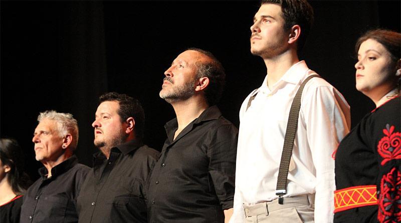 Zorba, ¡enséñame a bailar! un homenaje del grupo Kordax a la Fiesta Nacional de Grecia