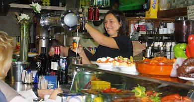 Azucena, Bar Los Camareros