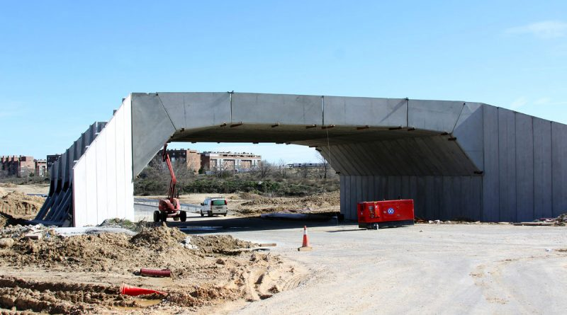 El nuevo ramal y paso elevado en la Avenida de Luis Aragonés avanza a buen ritmo