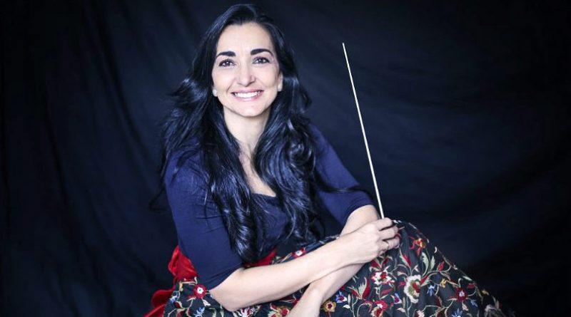 Silvia Sanz ha dirigido más de conciertos en el Auditorio Nacional de Música y a numerosas orquestas y coros de Europa América África y Asia