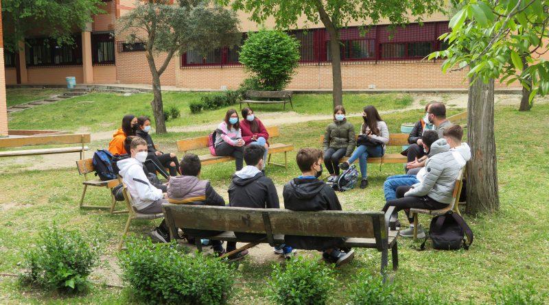 editorial estudiantes